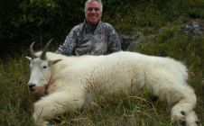 Guided British Columbia Mtn. Goat Hunts - Nanikalakeoutfitters.com
